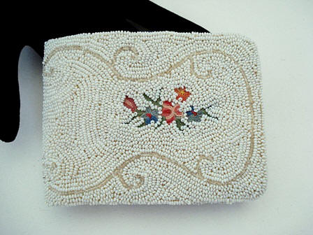 Vintage French 1940 beaded embroidered ladies wallet