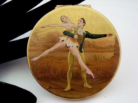 Stratton powder compact 1950's ballet dancers by Baron