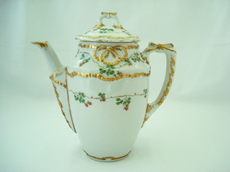Antique Ginori Italian teapot