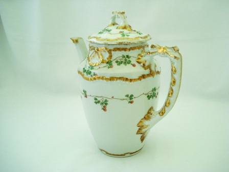 Antique Italian Ginori teapot 1900
