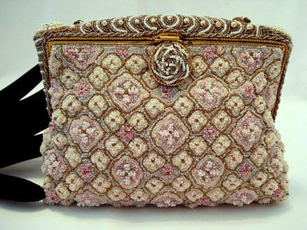 Vintage 1920 1930 French elegant beaded evening purse