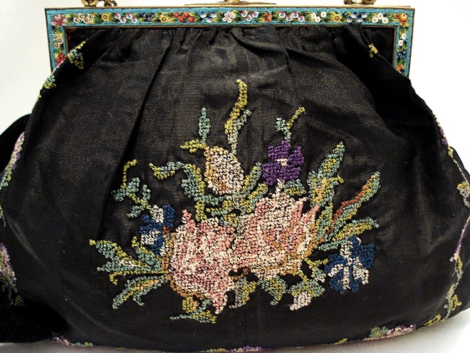 Antique silk embroidered purse made in Italy ca. 1900
