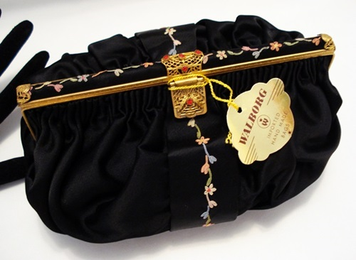 Vintage 1940's Walborg clutch purse embroidery jewels